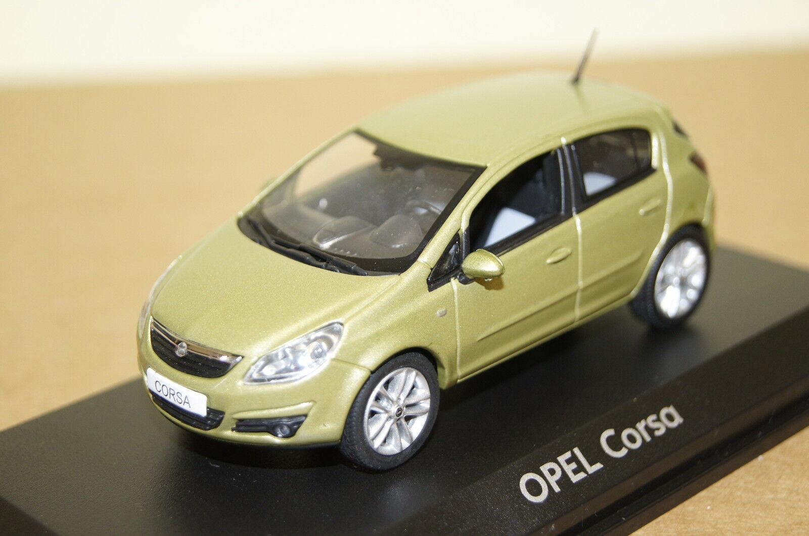 OPEL Corsa 5-porte vert met. 1 43 OPEL NOREV NEUF + OVP