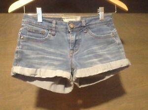 Hot-Kiss-Jeans-shorts-women-JUNIORS-SIZE-1-CUFFED