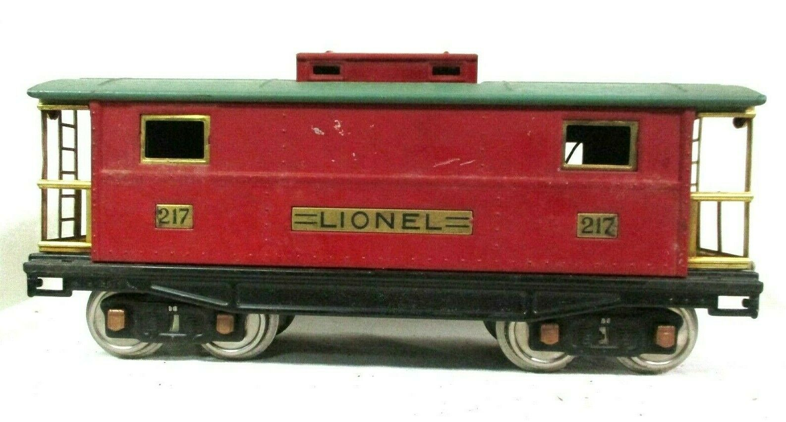 Lionel Red and Green Caboose Pre War Vintage Model Railway Train B55-1