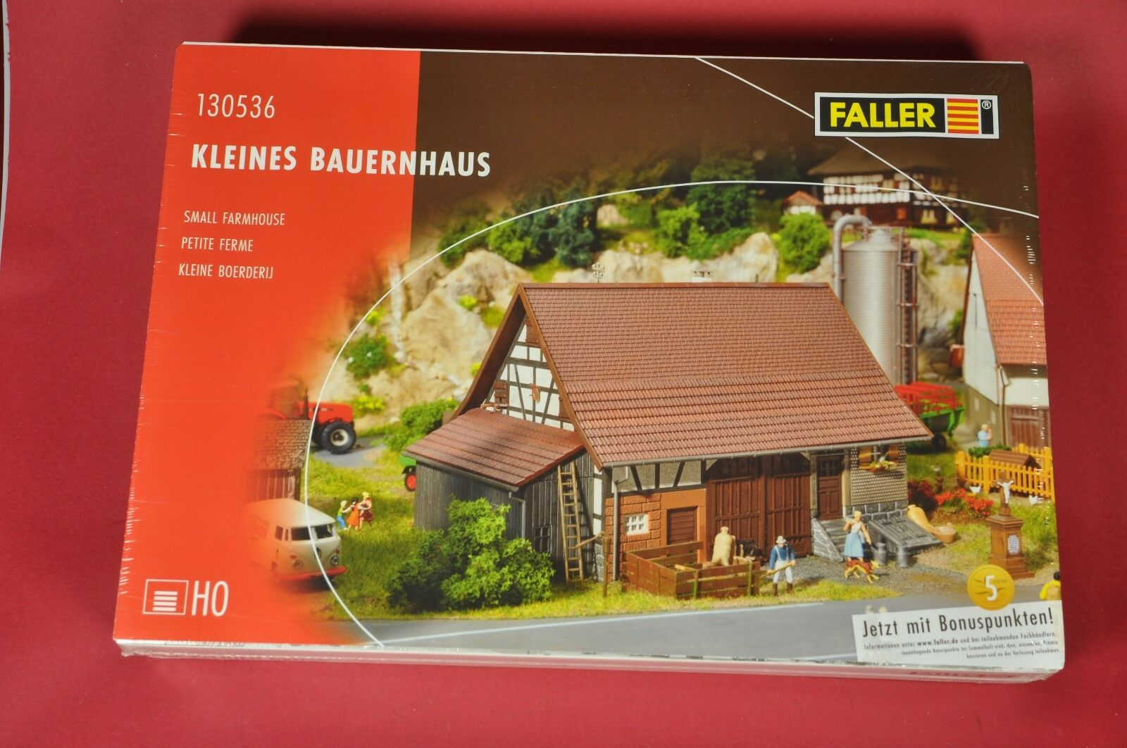 Faller 130536 piccola fattoria e 130458 Hotel con ristorante gourmet