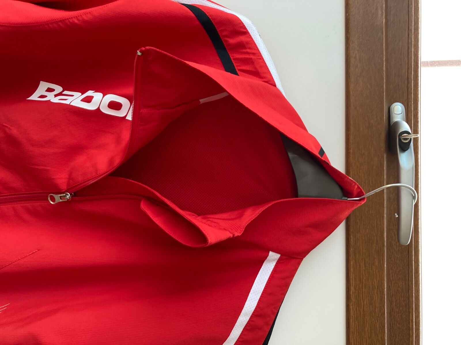 babolat mens tennis track jacket in medium in red very good condition full zip