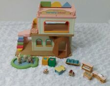 Calico Critters BABY PLAY NURSERY SCHOOL w/ Furniture Figures & Accessories NICE