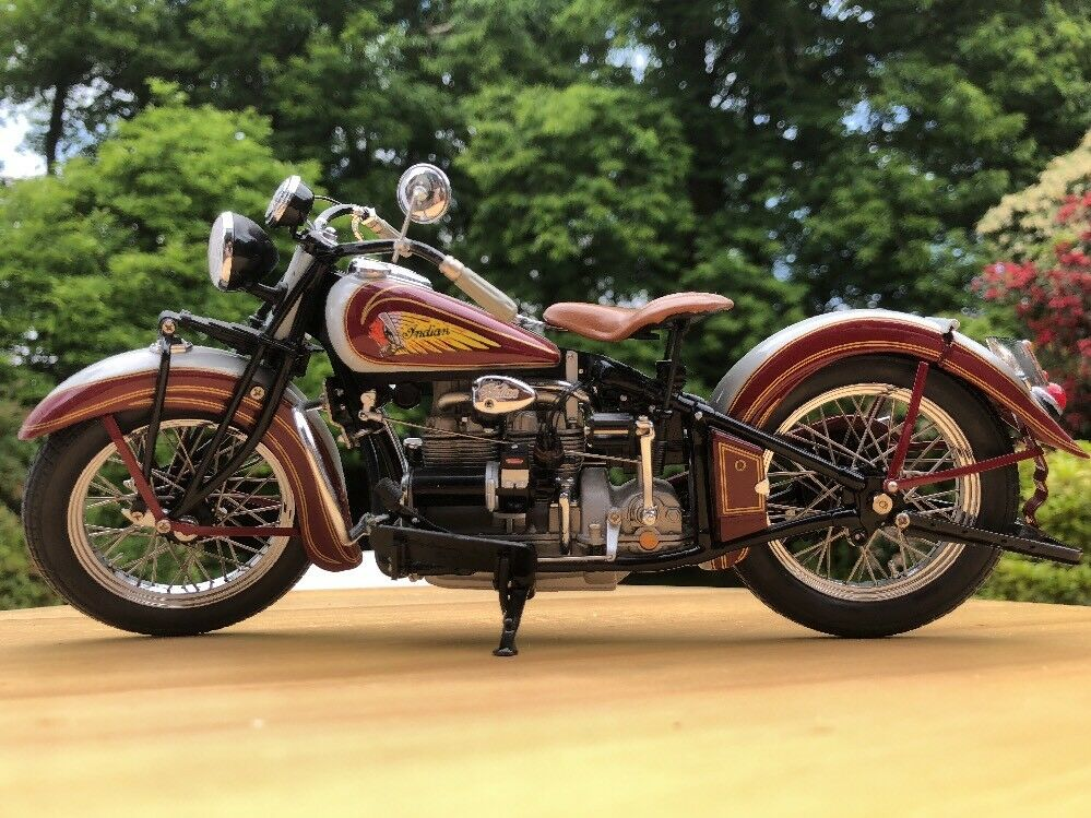 Classic Motorcycle 1 10 Indian Four 1938 Precision DieCast Metal
