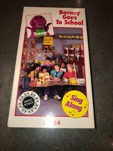 BARNEY GOES TO SCHOOL : VHS VIDEO CHILDREN'S PURPLE ...