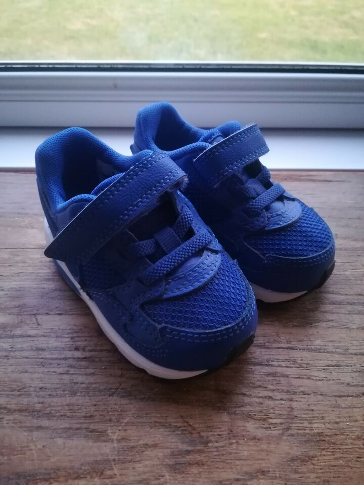 Sneakers, str. 19, Nike