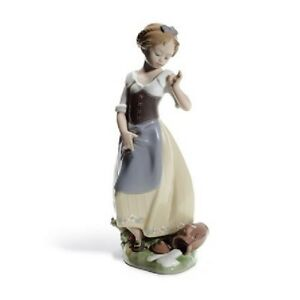 NEW-Clumsy-Me-Girl-Figurine-Lladro-Glazed-Porcelain-Collectible-Home-Decor