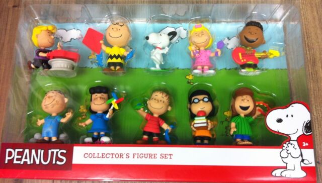 NEW Peanuts Collectors Figure Set Charlie Brown Snoopy Lucy Linus Franklin
