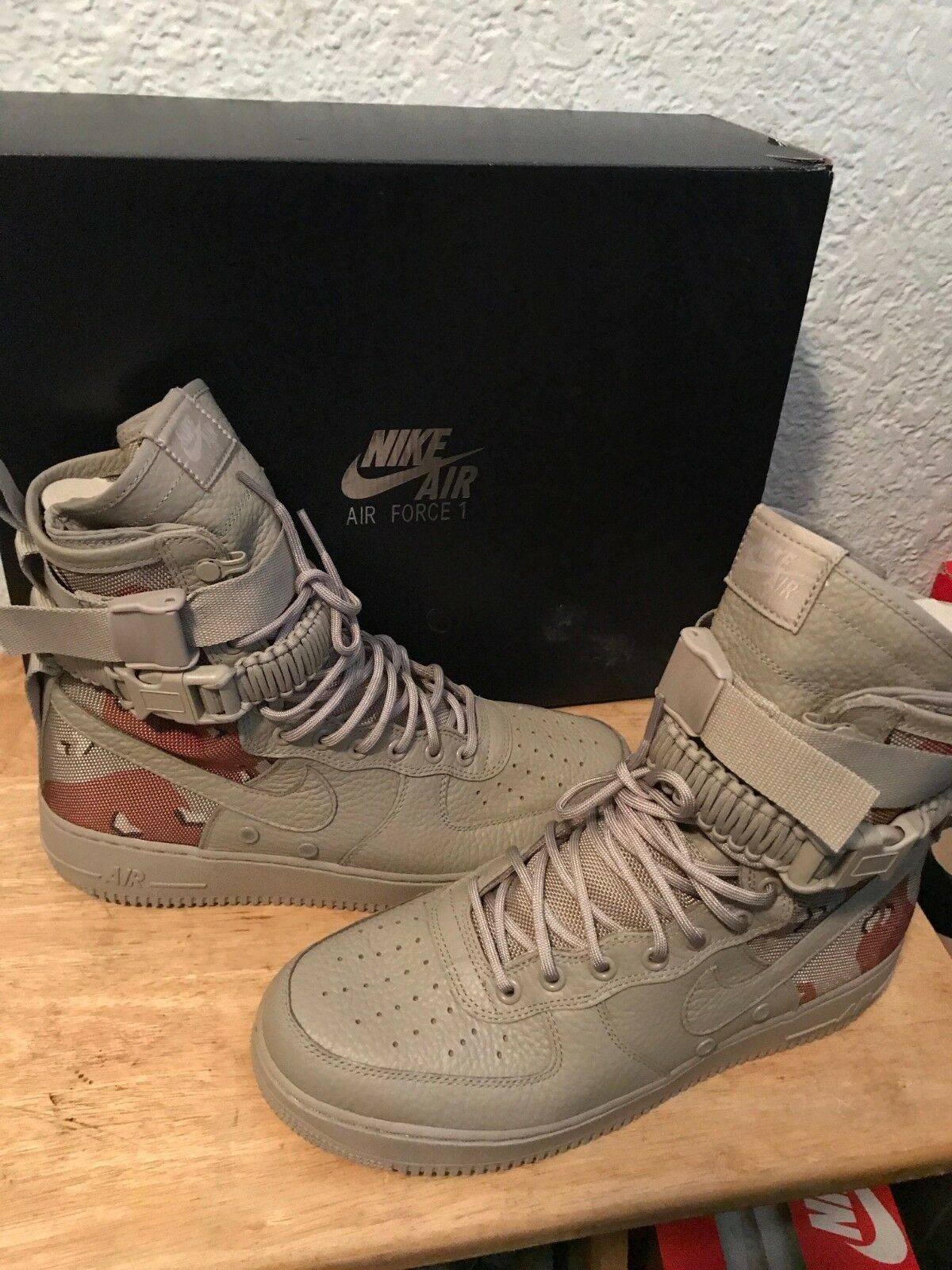 100% AUTHENTIC DS NIKE AIR FORCE ONE SF CAMO QUICKSTRIKE SIZE 10