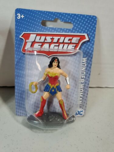 "YT Justice League Wonder Woman Mini Figure 2.5/"" Cake Topper DC Comic Mattel"