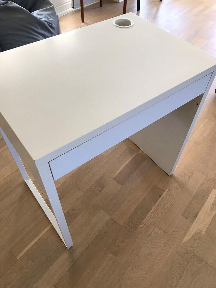 Skrivebord, Ikea, b: 73 d: 50 h: 75 – dba.dk – Køb og Salg