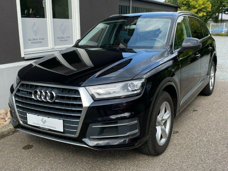 Picture of: Audi Q7 Biler