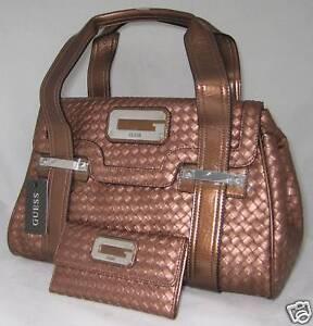 db49125335ff GUESS Logo Cuir Sac Portefeuille Porte-Monnaie Bronze   eBay