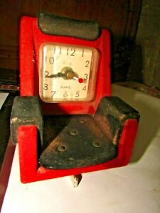 Vintage-Watch-clock-red-and-black-made-in-Japan