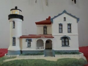 1992-Danbury-Mint-Historic-American-Lighthouse-034-Admiralty-Head-Lighthouse-034-SR
