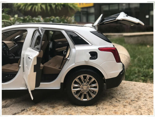 1:18 Scale CADILLAC XT5 2016 Diecast Simulated Car Model Collectible Toy Gift