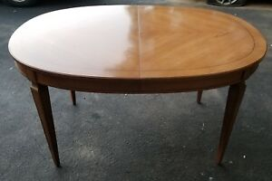 Antique-Dining-Room-Table-with-pads-Leaf-and-4-chairs