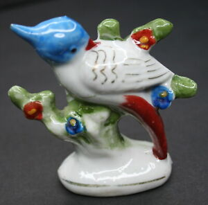 Blue-jay-Bird-Figurine-Ceramic-Porcelain-Hand-Painted-Japan-gold-paint-on-wings