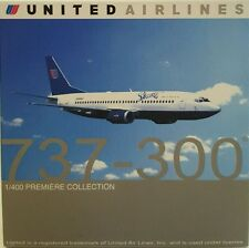 Dragon Wings United Airlines 737-300 SHUTTLE 1:400
