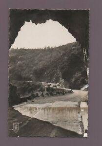 Schlucht De La Sioule - Unter Der Tunnel Der Schlucht von Chauvigny (H1728)