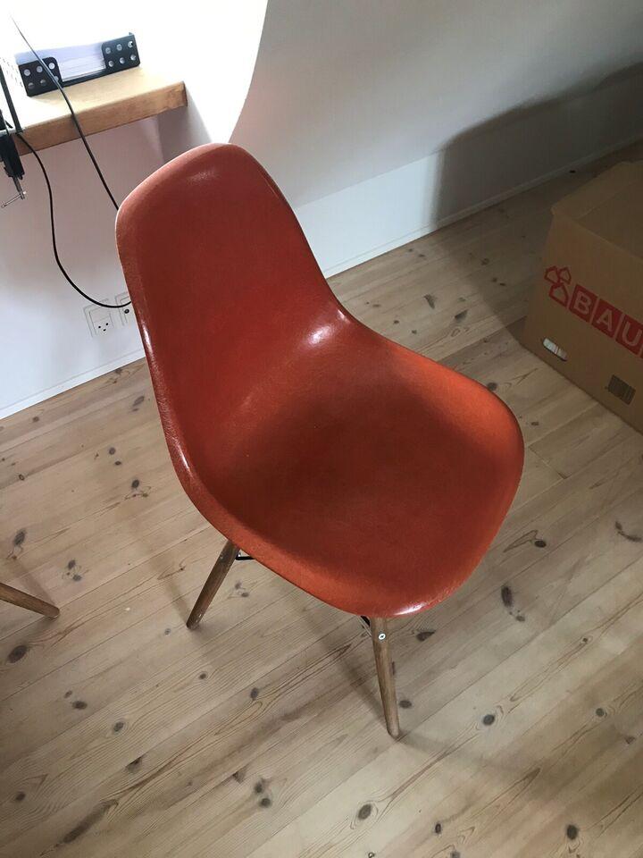 Spisebordsstol, Glasfiber og træ, Eames dsw