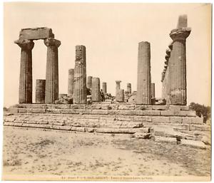 Italie-Agrigente-Sicile-Girgenti-tempio-di-Giunone-Lacina-la-fronte-vintag