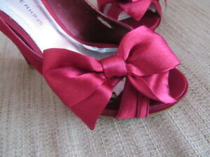 Dorothy Perkins Satin Bow Stunning Red Pair 3 Of Size Heels THqRnxP