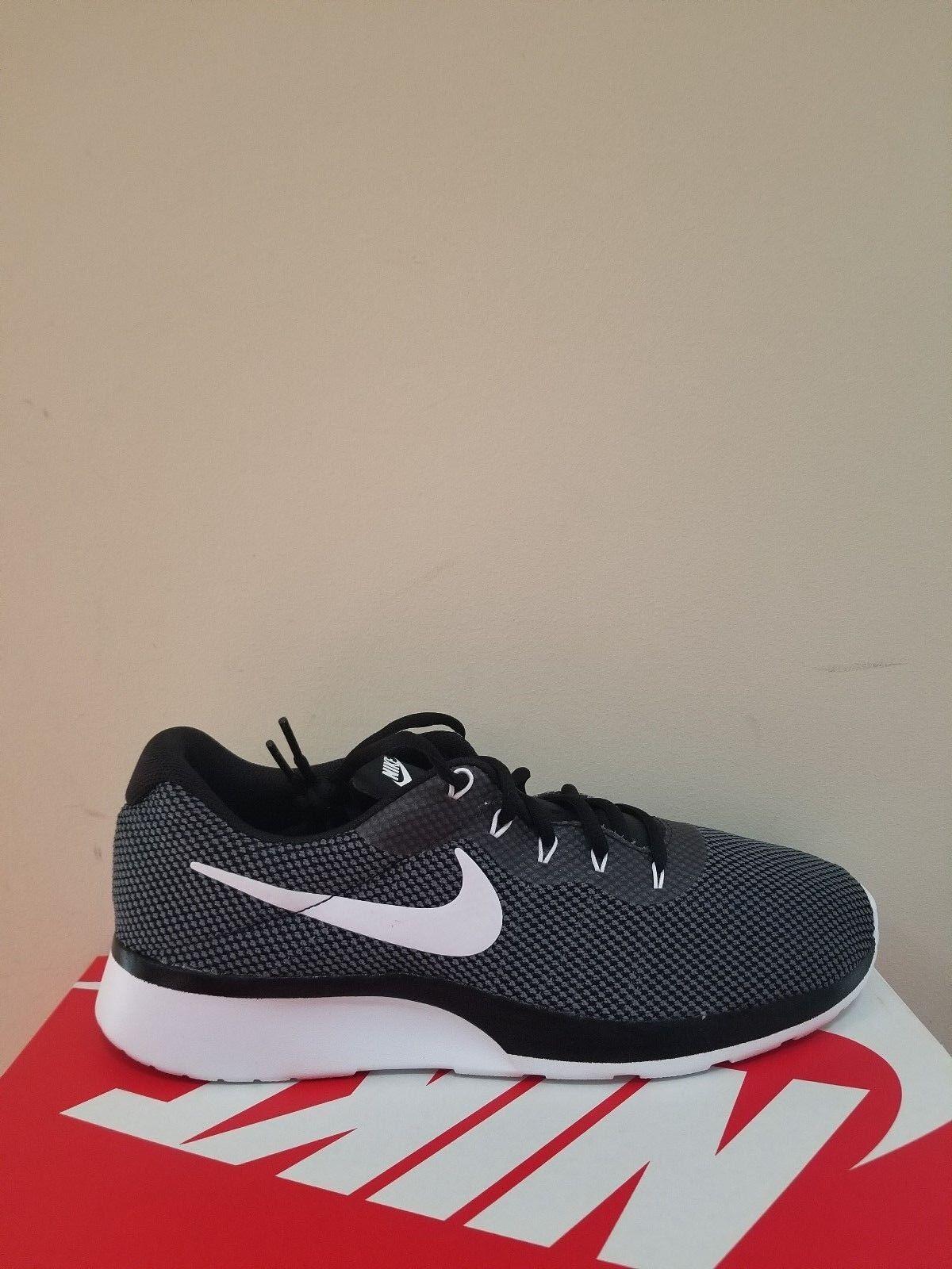 Nike Herren Tanjun Racer Schuhgröße 11 Nib