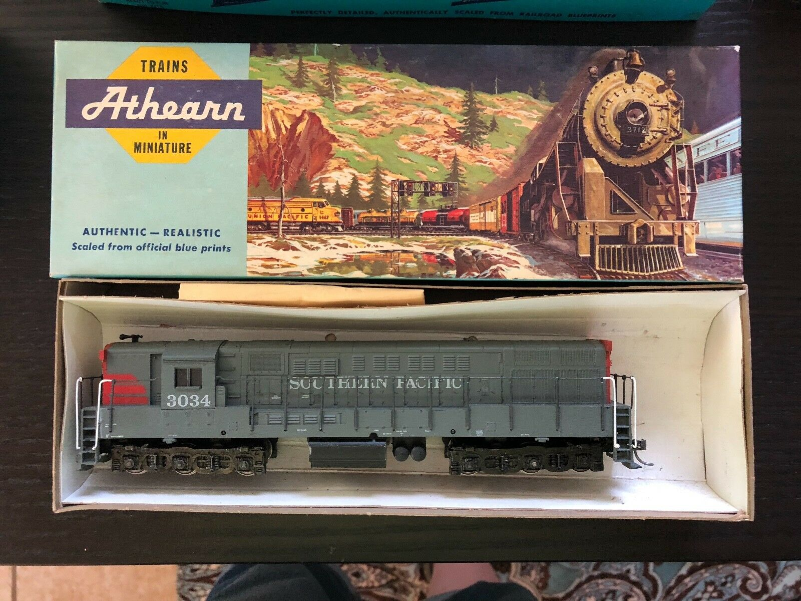 ATHEARN HO PWR DIESEL LOCOMOTIVE ENGINE 4307 SP SOUTHERN PACIFIC TM ROAD