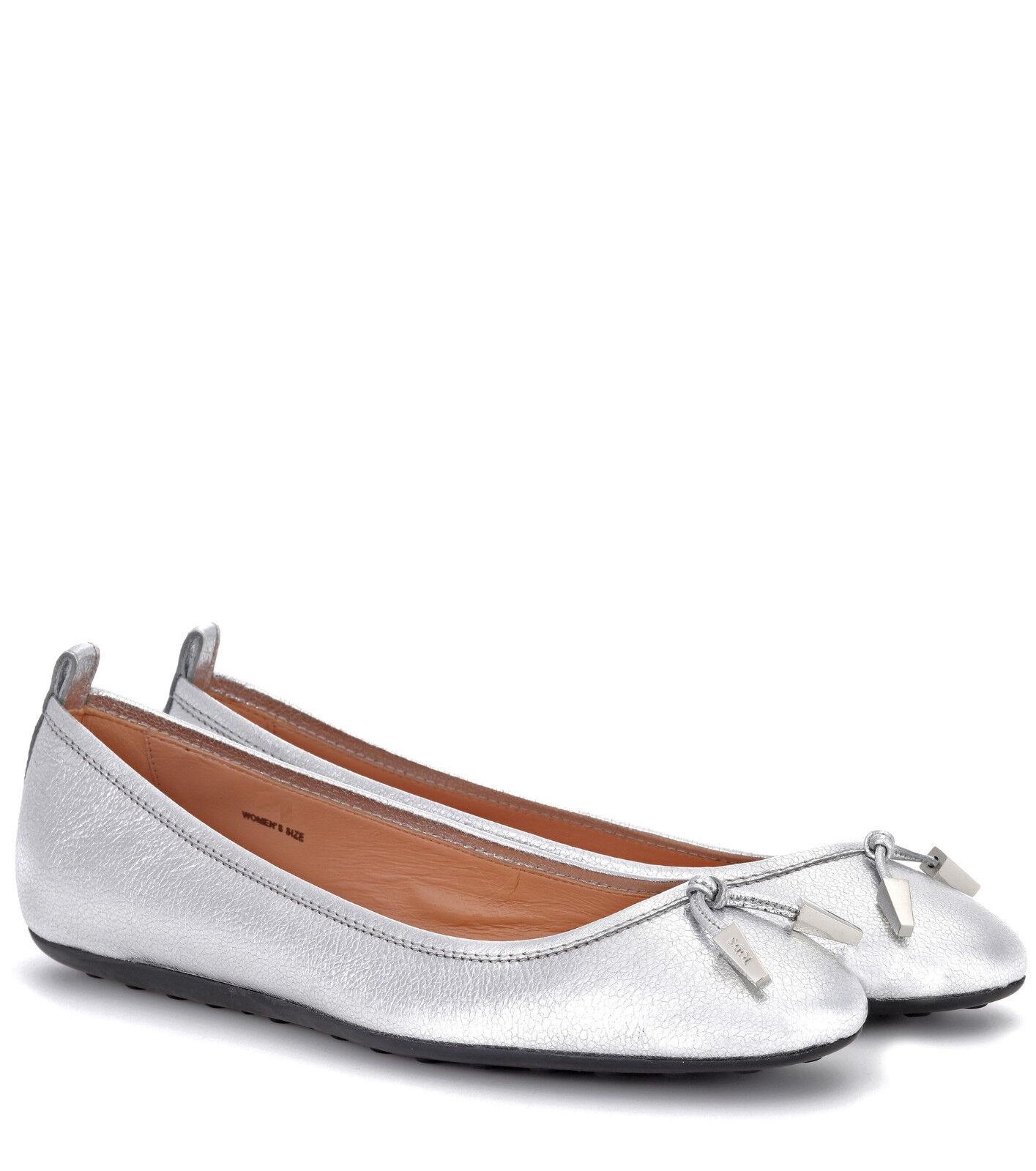 Tod's 220 Silver Tone Ballerina Metallic Leather Ballerina Tone Flats 38.5 / US 8.5 74131e