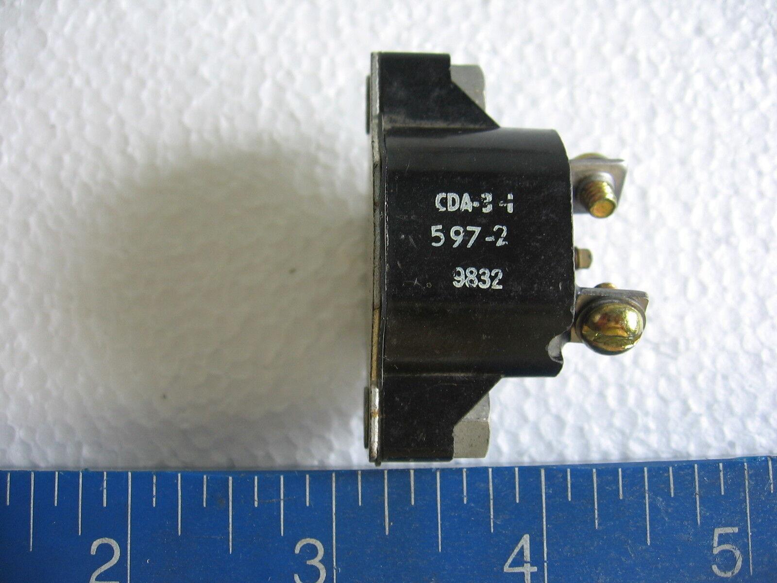 Caterpillar CDA-10-1 Automatic Reset 10 amp Circuit Breaker Texas Inst. Klixon