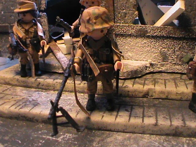 PLAYMOBIL CUSTOM SUBOFICIAL WHERMACHT (FRONT ORIENTAL 1944-1945) REF-0566 BIS