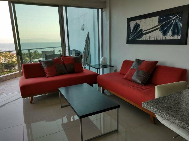 Renta de Departamento 1 Recamara mas Estudio frente al mar en Condominio Aria Ocean Nuevo Vallarta