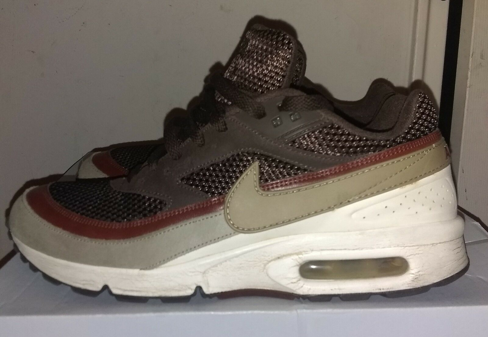 Air Max. Brown, Sienna and Cream Size 9