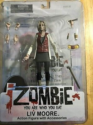 Action 2015 Moore Accessories With IZombie Figure Liv AxwqCpp