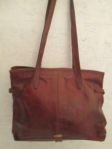 01aab6c37f Magnifique sac à main style cabas A4 THE BRIDGE en cuir vintage bag ...