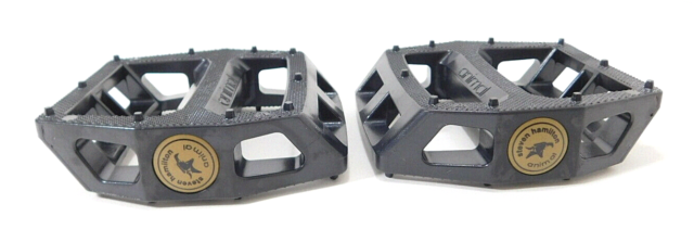 "Animal Bikes Steven Hamilton Plastic BMX Platform Pedals 9//16/"" Solid Black"