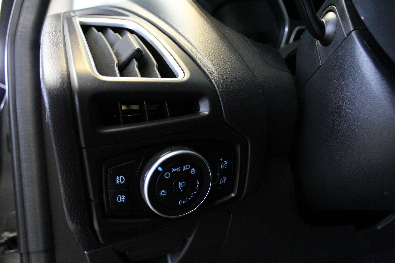 Ford Focus 1,0 SCTi 100 Titanium stc. - billede 16