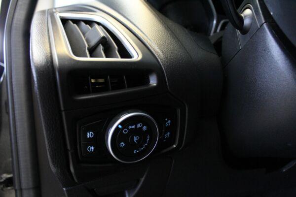 Ford Focus 1,0 SCTi 100 Titanium stc. billede 16