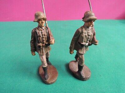 *l68*- 2 Soldatini In Pasta - 7,5 Cm - Elastolin Germany- Giocattolo Vintage Carattere Aromatico E Gusto Gradevole