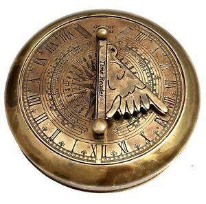 Maritime-Antique-Brass-Nautical-Compass-Gilbert-Pocket-Sundial-With-Time-Reader