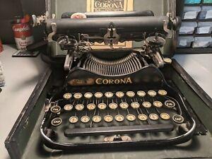 Corona 3 Folding Typewriter (READ DESCRIPTION)