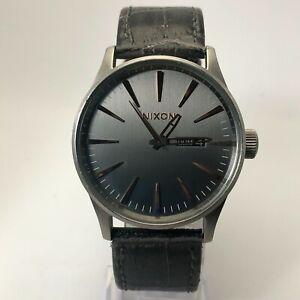 Nixon Mens Never Be Late The Sentry Black Leather Band Quartz Analog Wristwatch