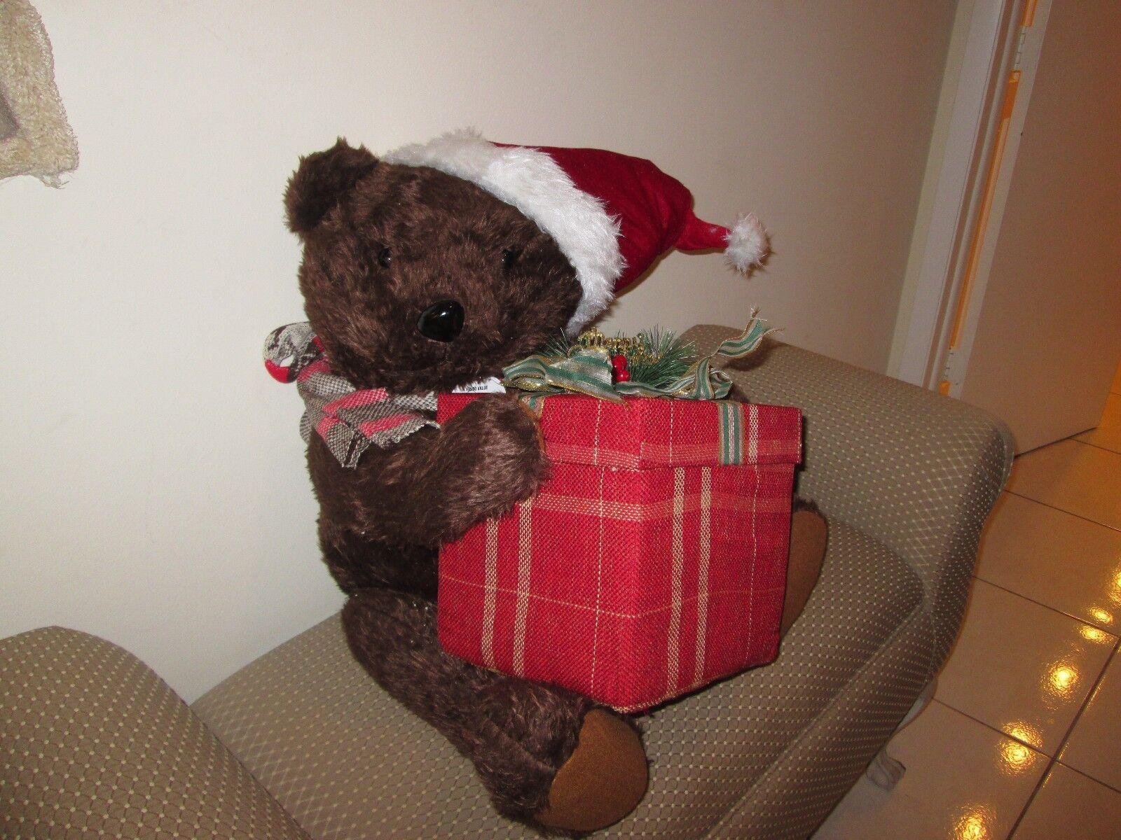 CHRISTMAS STUFFED TEDDY BEAR WITH PRESENT 22  NEW NO TAGS