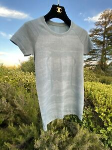 NWOT-RARE-SOLD-OUT-2019-Lululemon-Swiftly-CAMO-Silver-Gray-Blue-Short-Slv-6