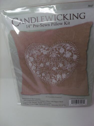 DWC Candlewicking ALWAYS /& FOREVER Heart Stamped Pre-Sewn Pillow Kit