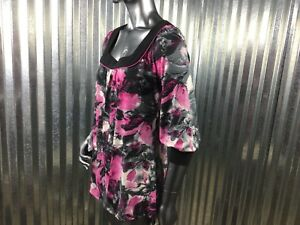 NEW-DIRECTIONS-Soft-Pull-Over-Abstract-Pink-Black-Flowers-Square-Neck-Accent