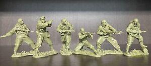 Soldatini di Plastic Platoon  Scout sovieti   La seconda guerra mondiale 1/32