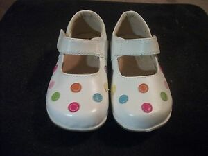 NEW WHITE LEATHER SHOE W/ PASTEL POLKA DOTS PUDDLE JUMPERS BOUTIQUE