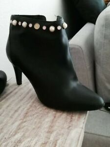 chaussures femmes talons bottines 41 bon état noire élégantes perles