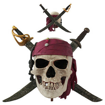 Moive Pirates Of The Caribbean Genuine Limited Skull Logo Figure 14.3 cm / 5.6""